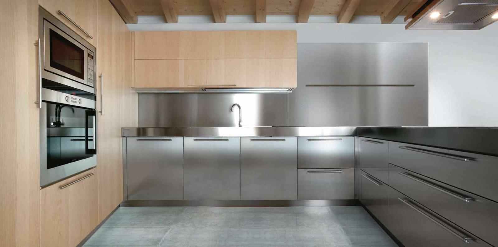 Galería de imágenes: Cocinas en acero inoxidable