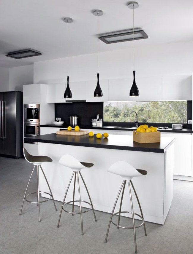 Isla de cocina en blanco y negro im genes y fotos for Cocinas en blanco y negro