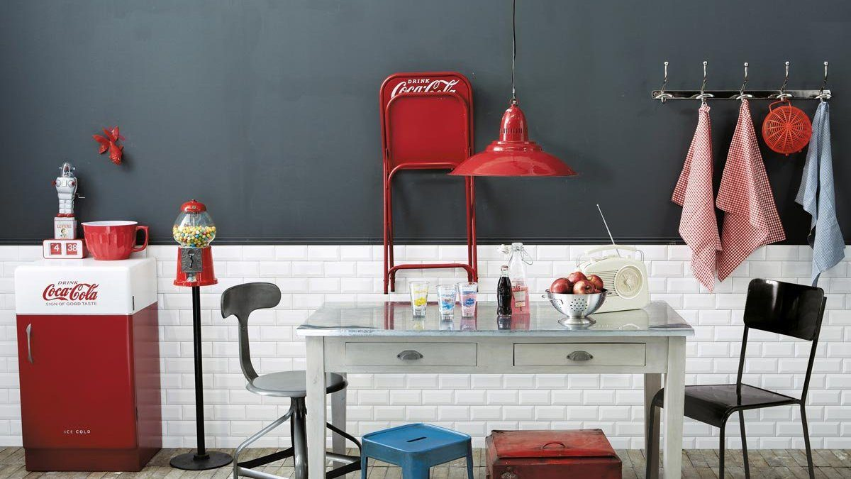 Pared de cocina de dos colores im genes y fotos - Paredes de cocinas modernas ...